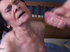 Amateur Granny Loves The Taste Of Young Spunk