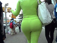 Hot Amateur Blonde Lady With Delightful Ass In Tight Emerald Pants
