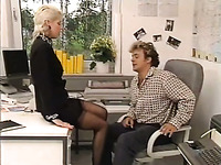 Hot Blooded Blond Head Lover Visited Her Horny Bellowed Guy In Office To Cool Down Her Pussy